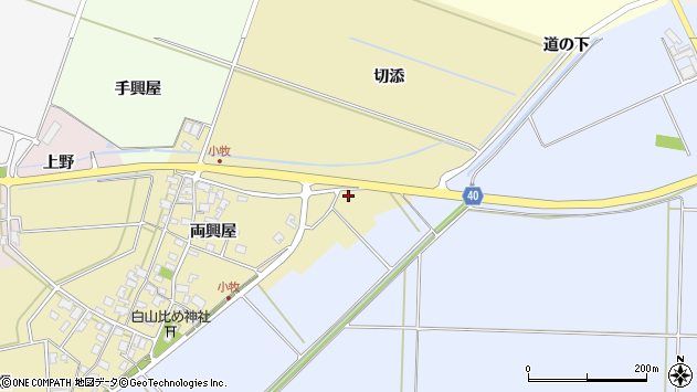山形県酒田市小牧両興屋215周辺の地図