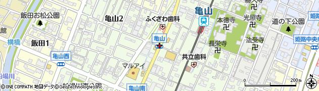 亀山周辺の地図
