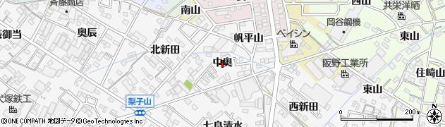 愛知県西尾市平坂町(中奥)周辺の地図