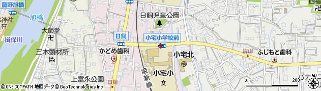 小宅小前周辺の地図