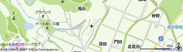 愛知県豊川市足山田町(滝山)周辺の地図