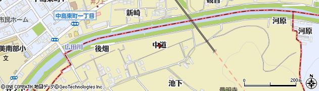 愛知県西尾市上羽角町(中道)周辺の地図