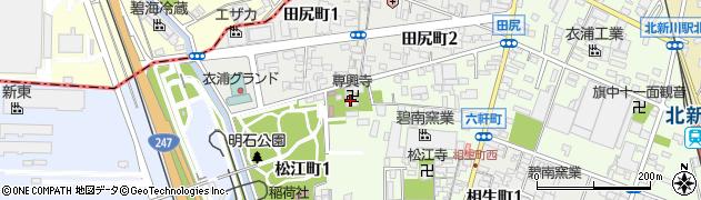 専興寺周辺の地図