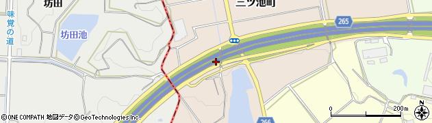 愛知県半田市三ツ池町周辺の地図