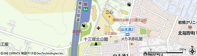 岐阜県関市十三塚北周辺の地図
