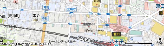 東京都八王子市三崎町周辺の地図