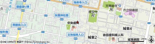 秋葉神社東周辺の地図