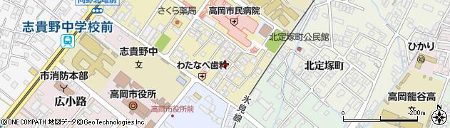 富山県高岡市宝町周辺の地図