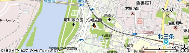 八幡公園周辺の地図