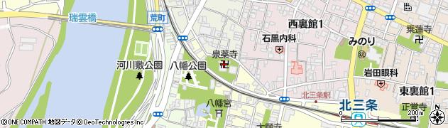 泉薬寺周辺の地図
