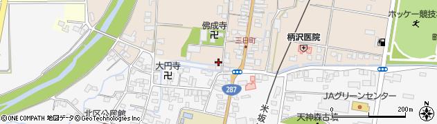 山形県東置賜郡川西町中小松3067周辺の地図